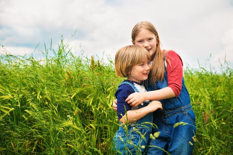 Πορτρέτο χαριτωμένα παιδάκια στοκ εικόνα