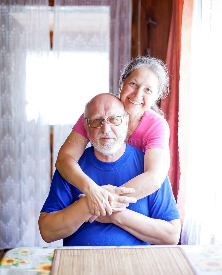 Πορτρέτο χαριτωμένων ηλικιωμένων στοκ εικόνα με δικαίωμα ελεύθερης χρήσης