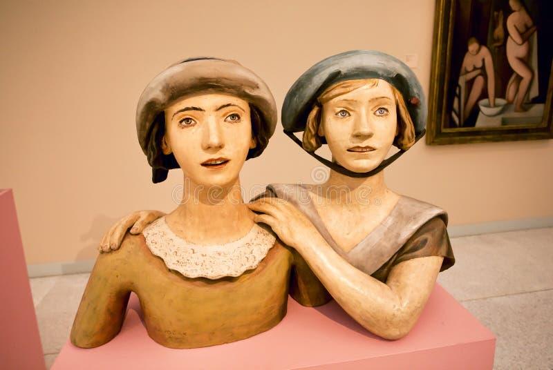 Πορτρέτο δύο γυναικών - γλυπτό από τον τσεχοσλοβάκικο καλλιτέχνη Otto Gutfreund στοκ φωτογραφίες με δικαίωμα ελεύθερης χρήσης