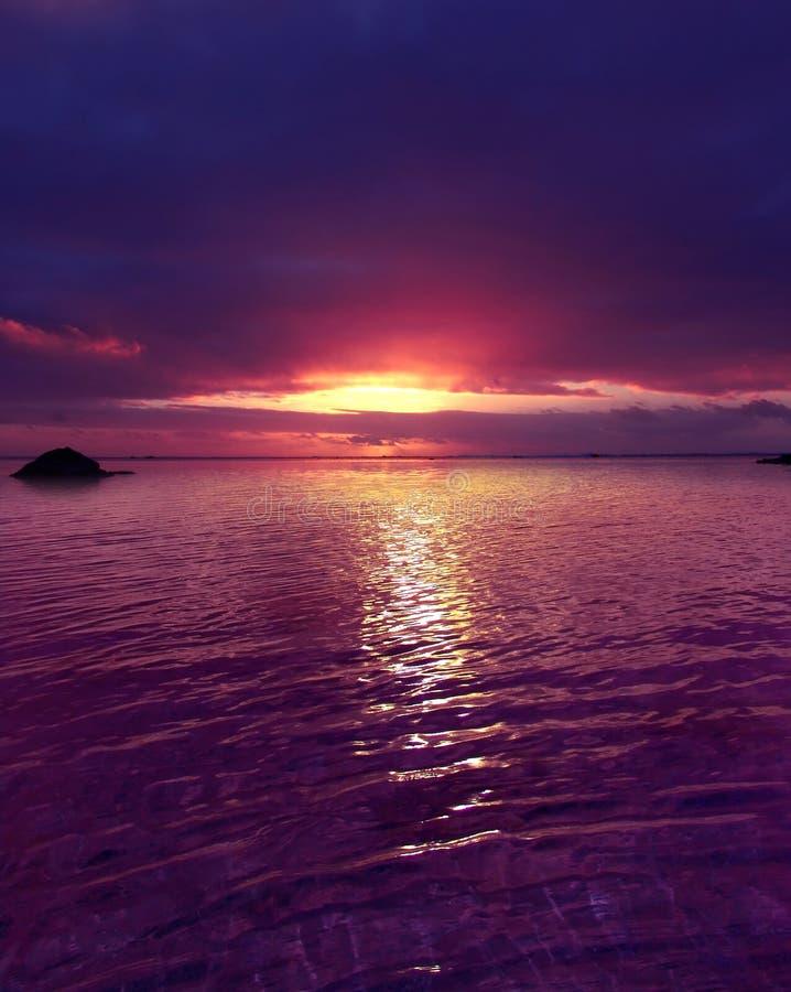 πορφυρό ηλιοβασίλεμα στοκ φωτογραφία
