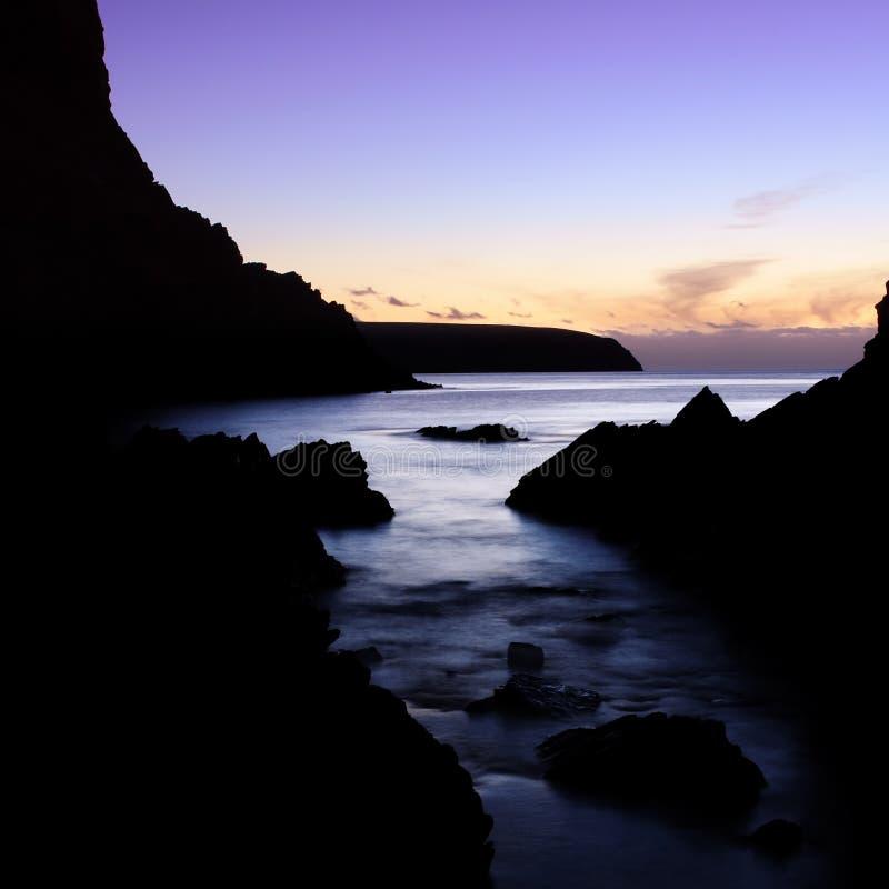 Download πορφυρό ηλιοβασίλεμα στοκ εικόνα. εικόνα από δημιουργία - 2226169
