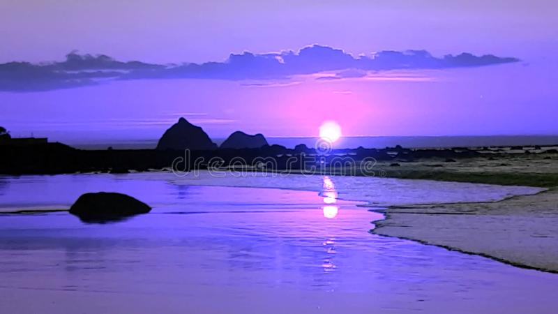 πορφυρό ηλιοβασίλεμα στοκ εικόνες