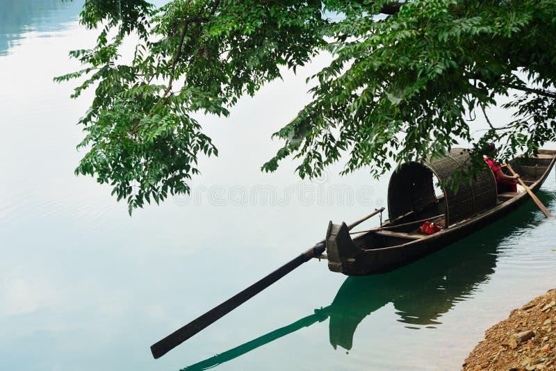 ποταμός αλιείας βαρκών στοκ φωτογραφίες με δικαίωμα ελεύθερης χρήσης