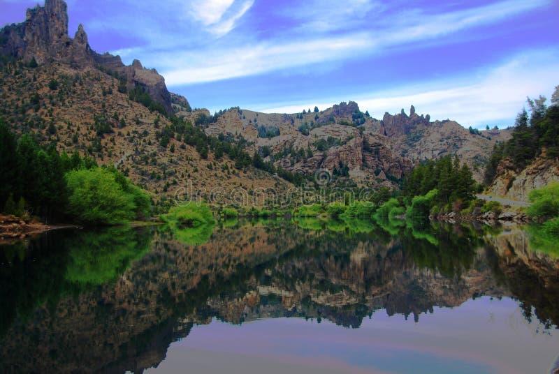 ποταμός αντανάκλασης στοκ εικόνες με δικαίωμα ελεύθερης χρήσης