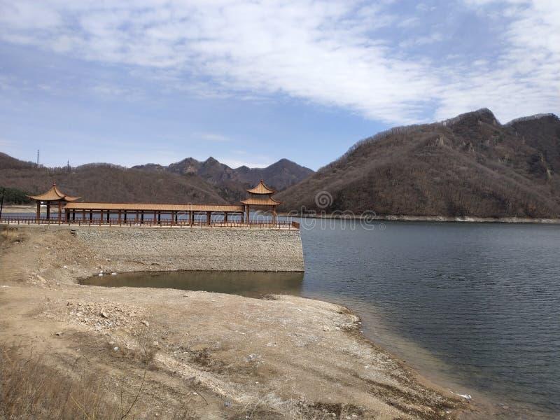 Ποταμός, βουνό, επαρχία στοκ φωτογραφίες με δικαίωμα ελεύθερης χρήσης