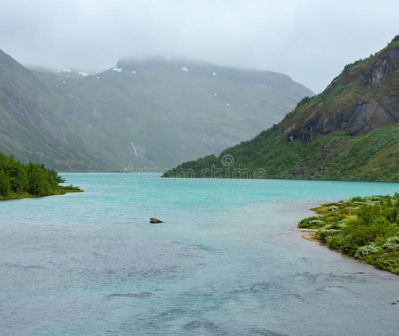 Ποταμός βουνών Jostedola, Νορβηγία στοκ φωτογραφίες