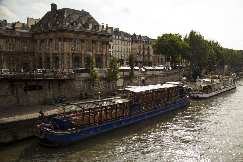 Ποταμός Γαλλία του Παρισιού Σηκουάνας στοκ εικόνες