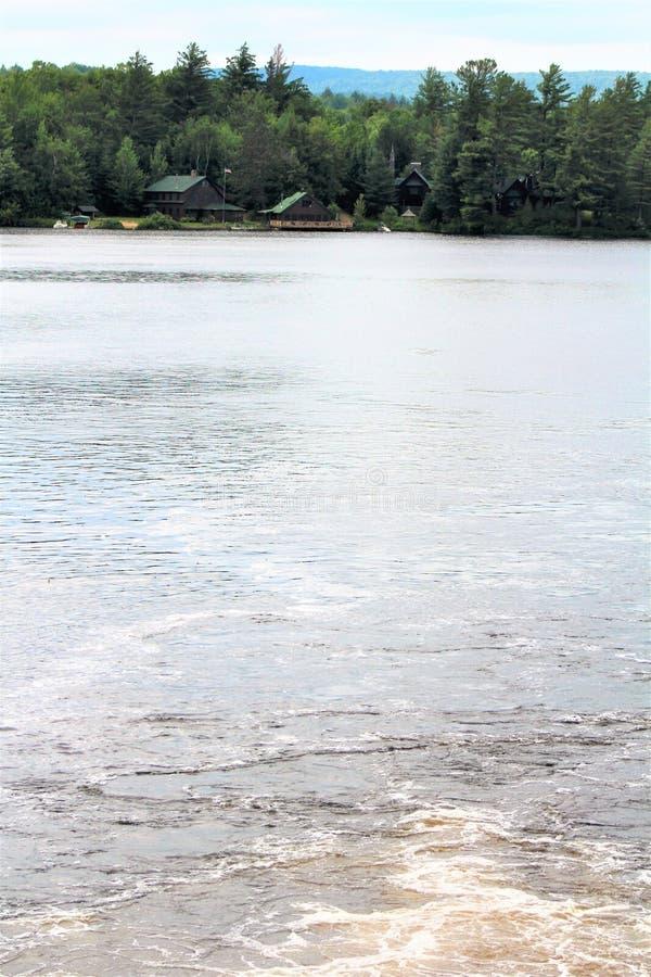 Ποταμός ελών στοκ εικόνες με δικαίωμα ελεύθερης χρήσης