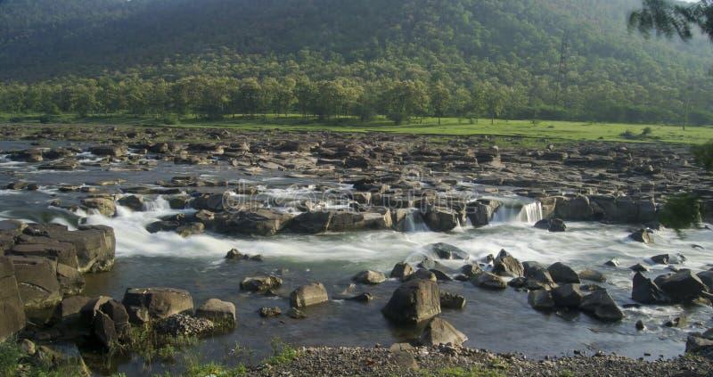 Ποταμός και καταρράκτης Ινδία στοκ εικόνα με δικαίωμα ελεύθερης χρήσης