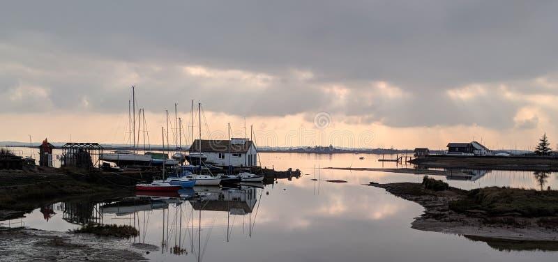 Ποταμός Μπλακγουότερ Maldon το χειμώνα στοκ φωτογραφίες