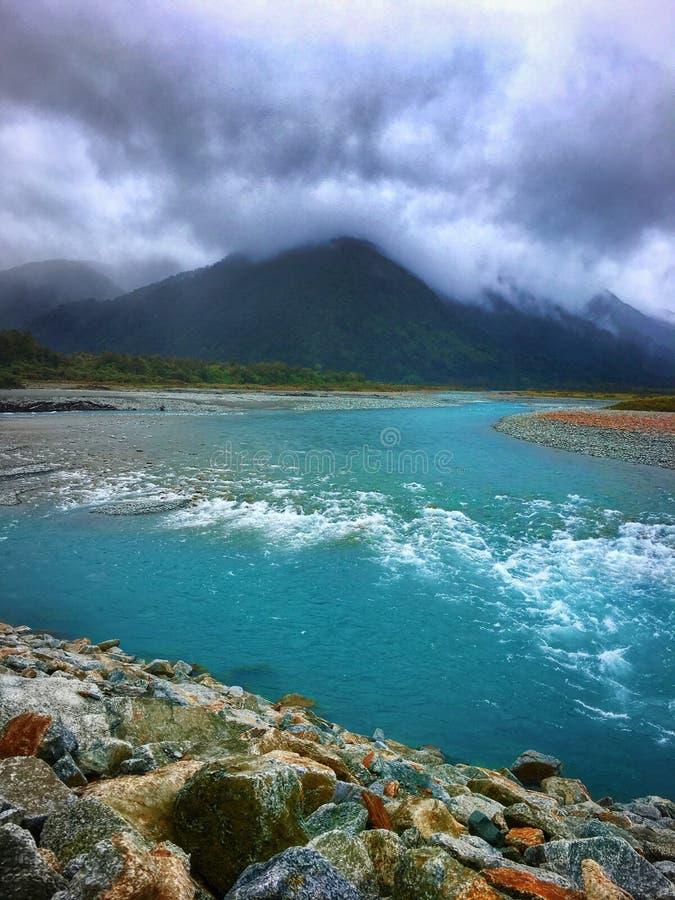 Ποταμός Νέα Ζηλανδία Whataroa στοκ εικόνες