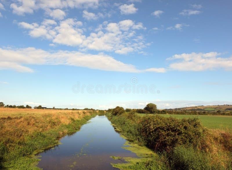 Ποταμός ξημερωμάτων σε Somerset, Αγγλία στοκ εικόνα με δικαίωμα ελεύθερης χρήσης