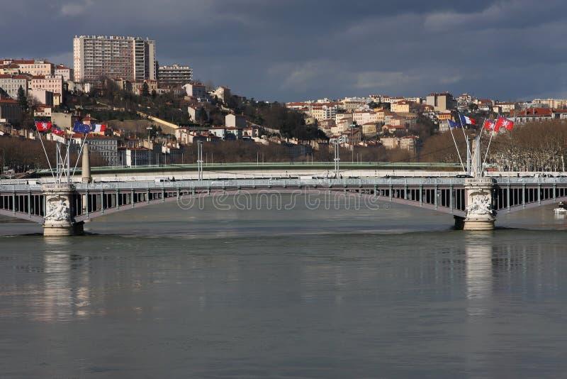 Download ποταμός της Λυών Ροδανός γ στοκ εικόνες. εικόνα από σημαία - 13190132