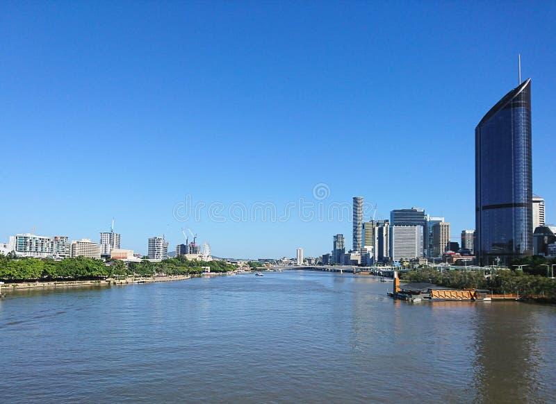 Ποταμός του Μπρίσμπαν με Southbank και το κέντρο της πόλης στοκ φωτογραφίες με δικαίωμα ελεύθερης χρήσης