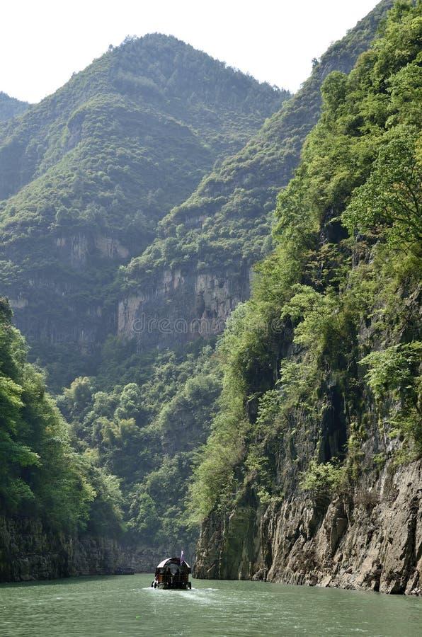 Ποταμός τρία της Κίνας Yangtze φυσική ουσία φαραγγιών στοκ εικόνα με δικαίωμα ελεύθερης χρήσης