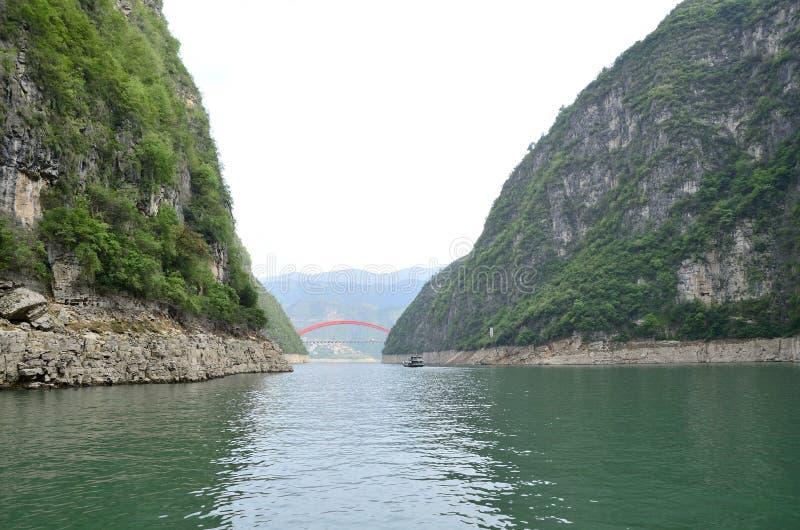 Ποταμός τρία της Κίνας Yangtze φυσική ουσία φαραγγιών στοκ φωτογραφία