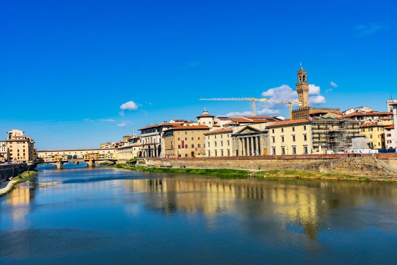 Ποταμός Φλωρεντία Τοσκάνη Ιταλία Palazzo Vecchio Arno Ponte στοκ εικόνες με δικαίωμα ελεύθερης χρήσης