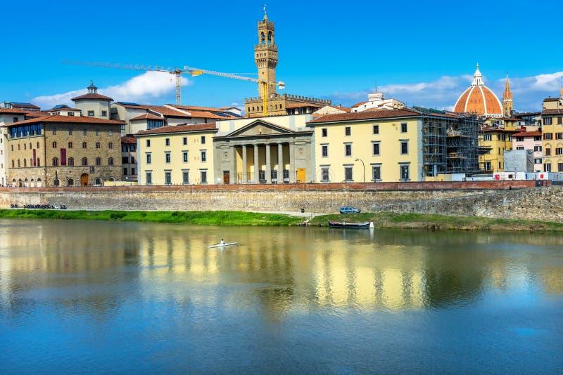 Ποταμός Φλωρεντία Τοσκάνη Ιταλία Vecchio Duomo Arno Palazzo στοκ φωτογραφίες