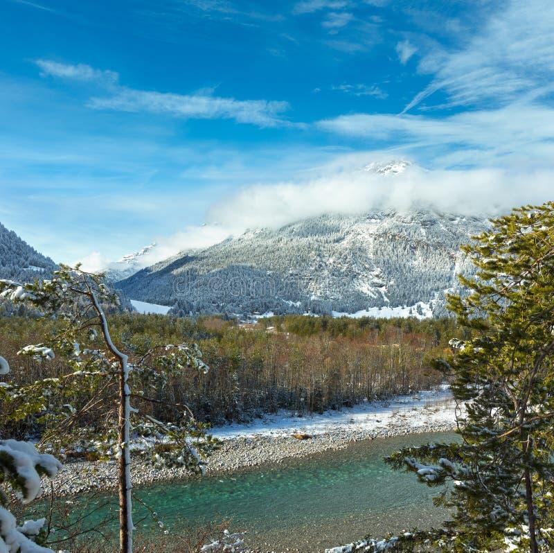 Ποταμός χειμερινών βουνών, Αυστρία, Tirol στοκ εικόνες