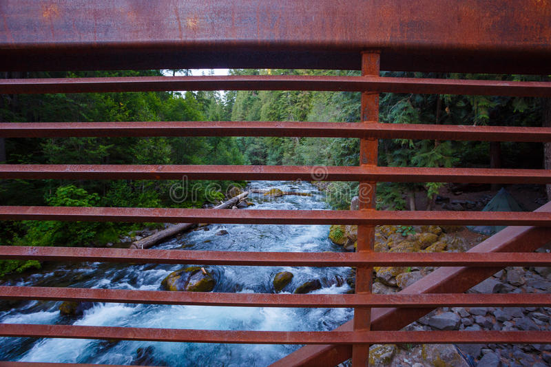 Ποταμός Όρεγκον βόρειου Umpqua στοκ εικόνες