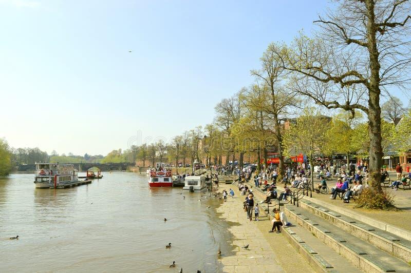 Ποταμός Dee στο Τσέστερ στοκ εικόνες