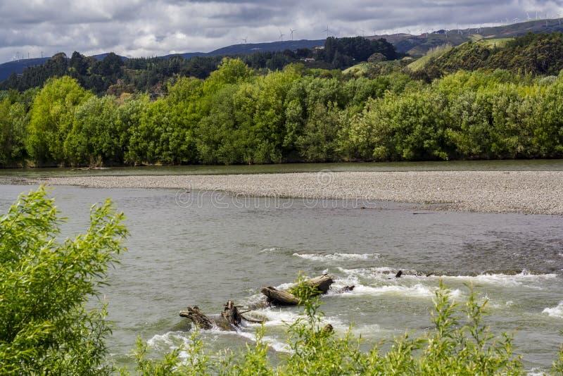 Ποταμός Manawatu που ρέει στη Νέα Ζηλανδία στοκ φωτογραφίες