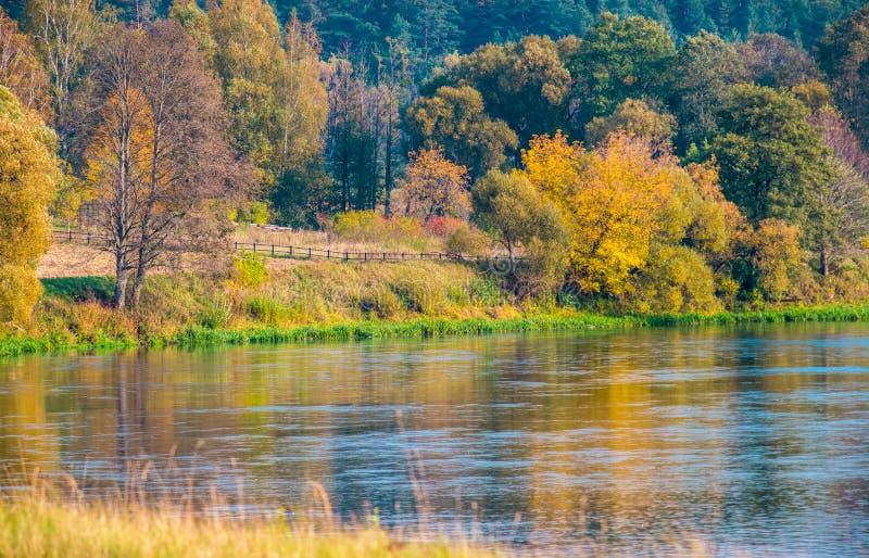 Ποταμός Neris, Kernave στοκ εικόνα