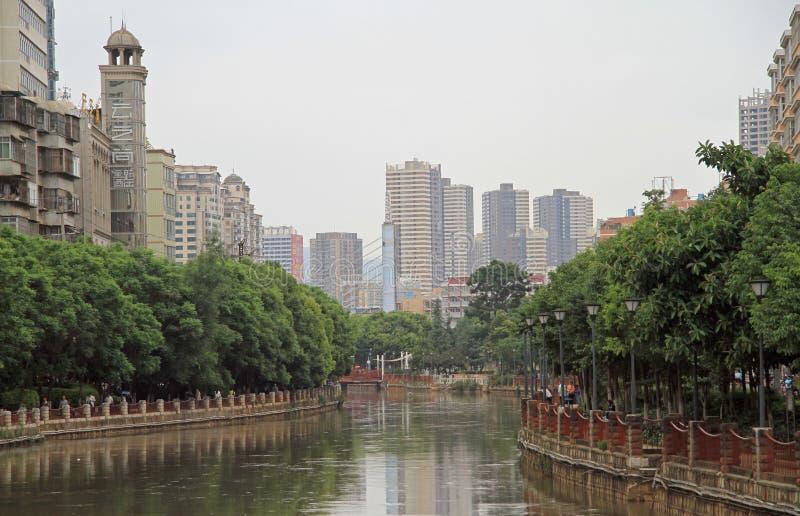 Ποταμός Panlong στο κέντρο της πόλης Kunming στοκ φωτογραφία με δικαίωμα ελεύθερης χρήσης