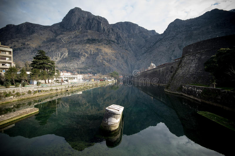 Ποταμός Skurda, Kotor, Μαυροβούνιο στοκ εικόνες με δικαίωμα ελεύθερης χρήσης