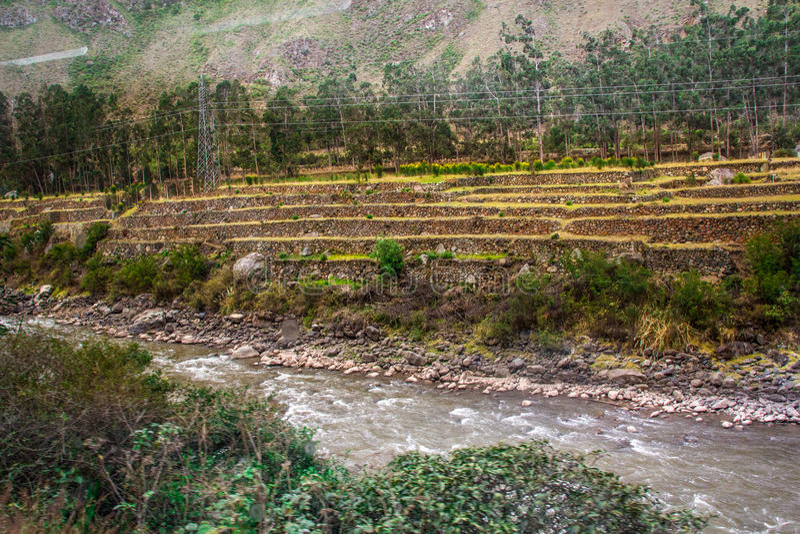 Ποταμός Vilcanota - ο γύρος τραίνων σε Machu Picchu στοκ εικόνες