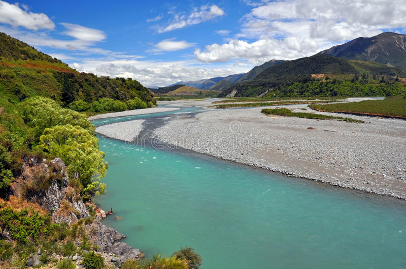 Ποταμός Waiau, βόρειο Καντέρμπουρυ, Νέα Ζηλανδία στοκ εικόνα