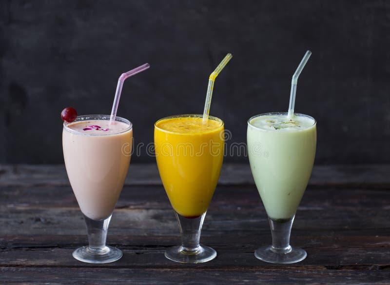 Ποτό κουνημάτων γάλακτος στοκ εικόνα