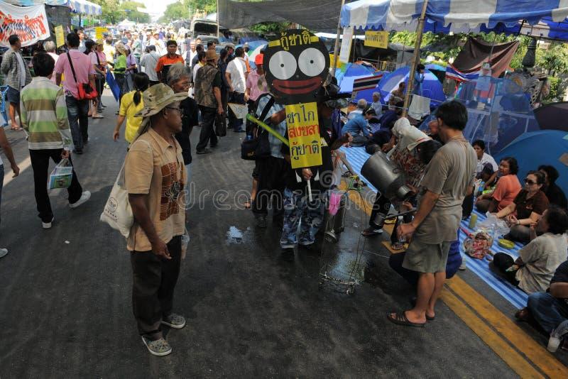 πουκάμισο διαμαρτυρίας της Μπανγκόκ κίτρινο στοκ φωτογραφία
