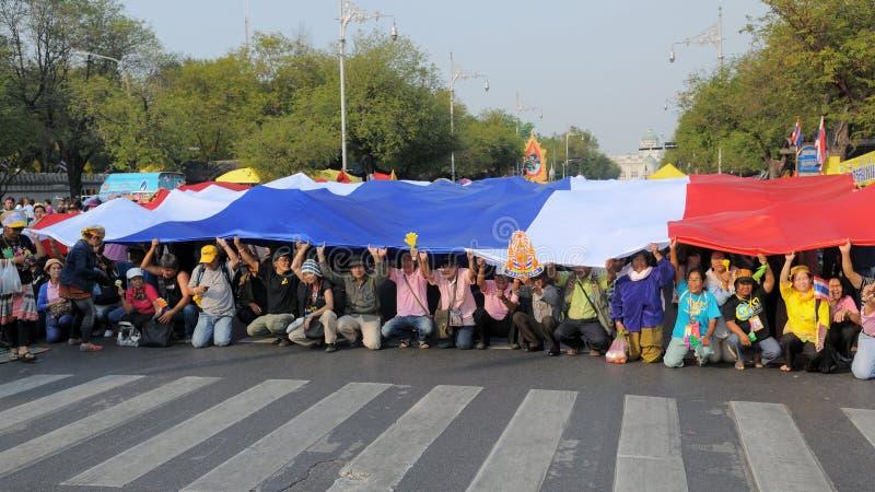 πουκάμισο διαμαρτυρίας της Μπανγκόκ κίτρινο στοκ φωτογραφίες