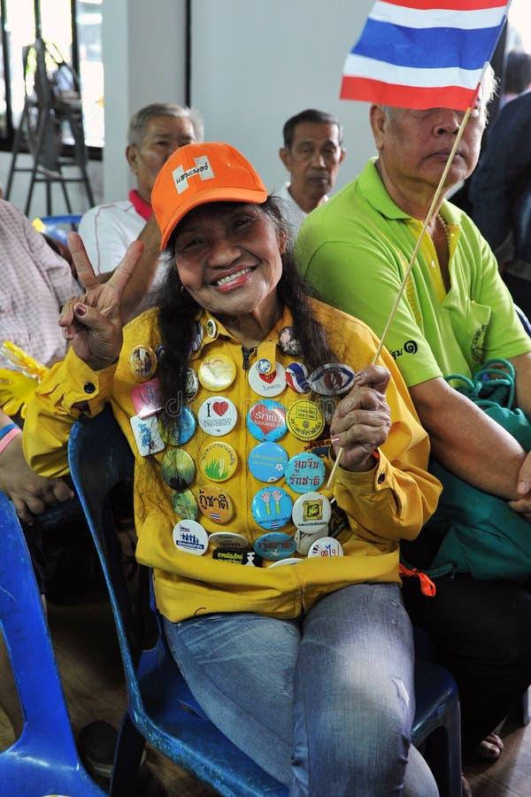 πουκάμισο συνάθροισης διαμαρτυρομένων της Μπανγκόκ κίτρινο στοκ εικόνες με δικαίωμα ελεύθερης χρήσης