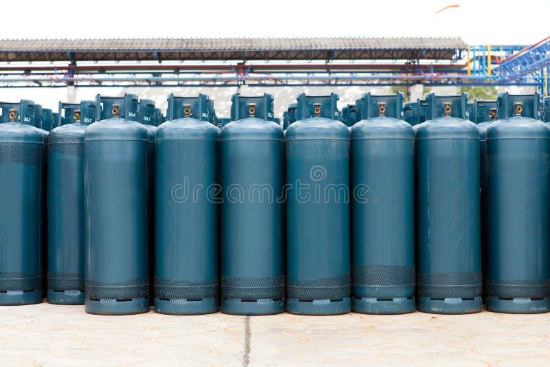 Πολλά από τα μπαλόνια μπουκαλιών αερίου με το βουτάνιο προπανίου στοκ φωτογραφία με δικαίωμα ελεύθερης χρήσης