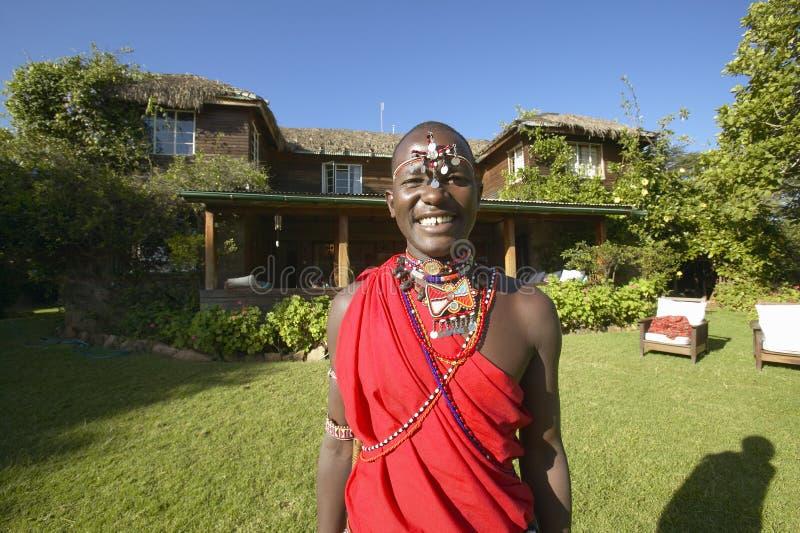 Πολεμιστής Masai στην κόκκινη τήβεννο στη συντήρηση Lewa, Κένυα Αφρική στοκ εικόνες με δικαίωμα ελεύθερης χρήσης