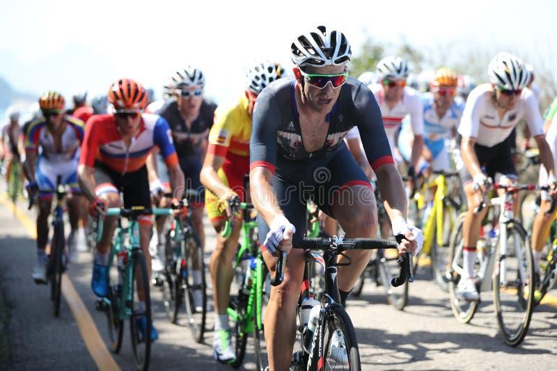 Ποδηλάτης Ian Stannard των μπροστινών γύρων της Μεγάλης Βρετανίας κατά τη διάρκεια οδικού ανταγωνισμού ανακύκλωσης του Ρίο 2016 τ στοκ φωτογραφίες με δικαίωμα ελεύθερης χρήσης