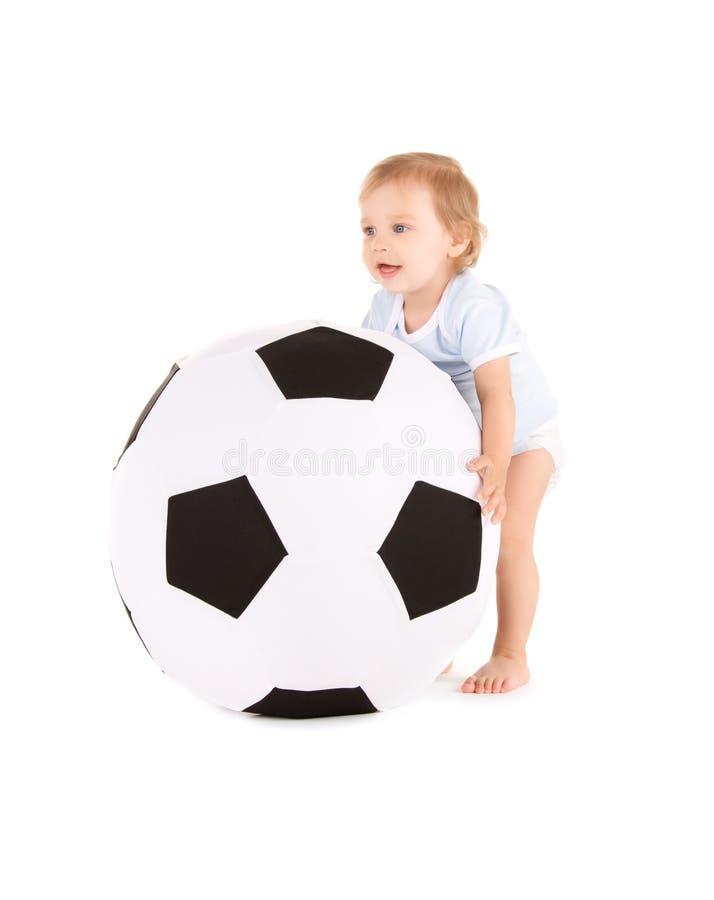 ποδόσφαιρο αγοριών σφαι&rho στοκ φωτογραφία