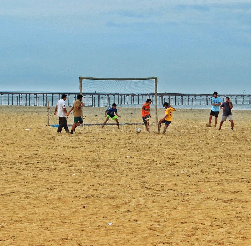 Ποδόσφαιρο παραλιών σε Alappuzha στοκ εικόνα
