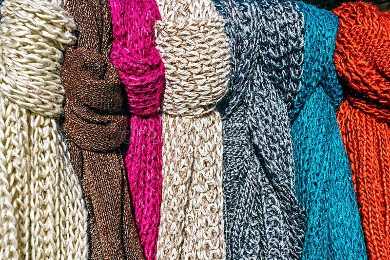 Πολύχρωμο Neckwear για τις γυναίκες στοκ εικόνα με δικαίωμα ελεύθερης χρήσης