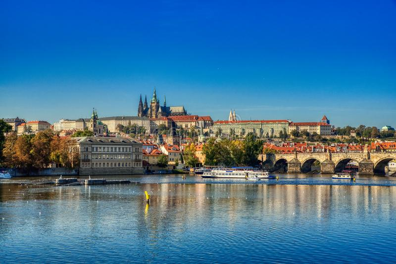 Πράγα, άποψη του Κάστρου της Πράγας στοκ εικόνες