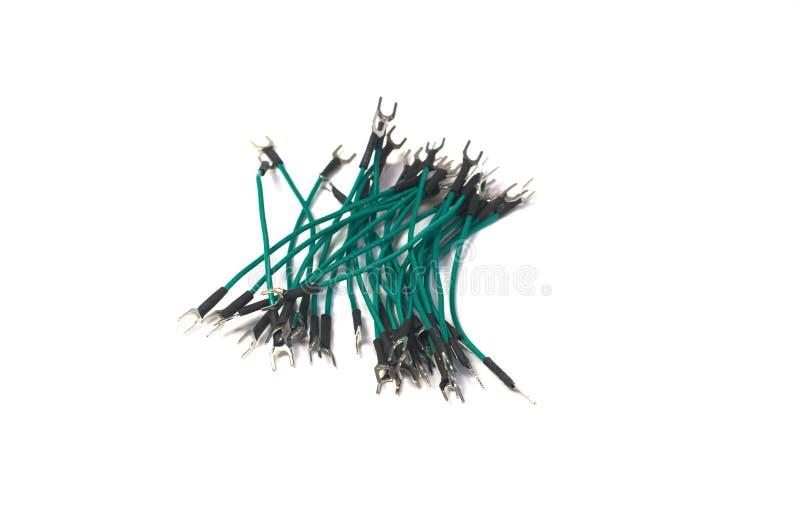 Πράσινα καλώδια με lugs την κατακόρυφο στοκ εικόνες με δικαίωμα ελεύθερης χρήσης