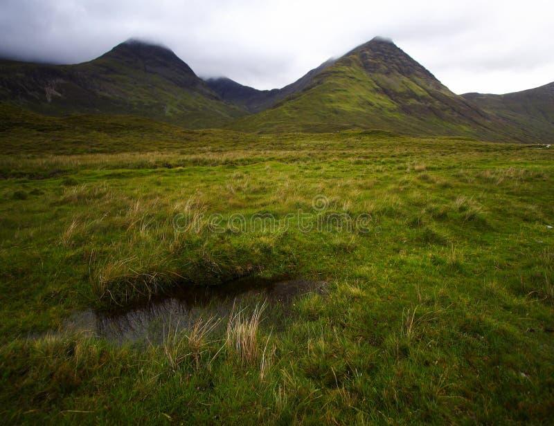 πράσινες ορεινές περιοχέ&si στοκ εικόνες με δικαίωμα ελεύθερης χρήσης