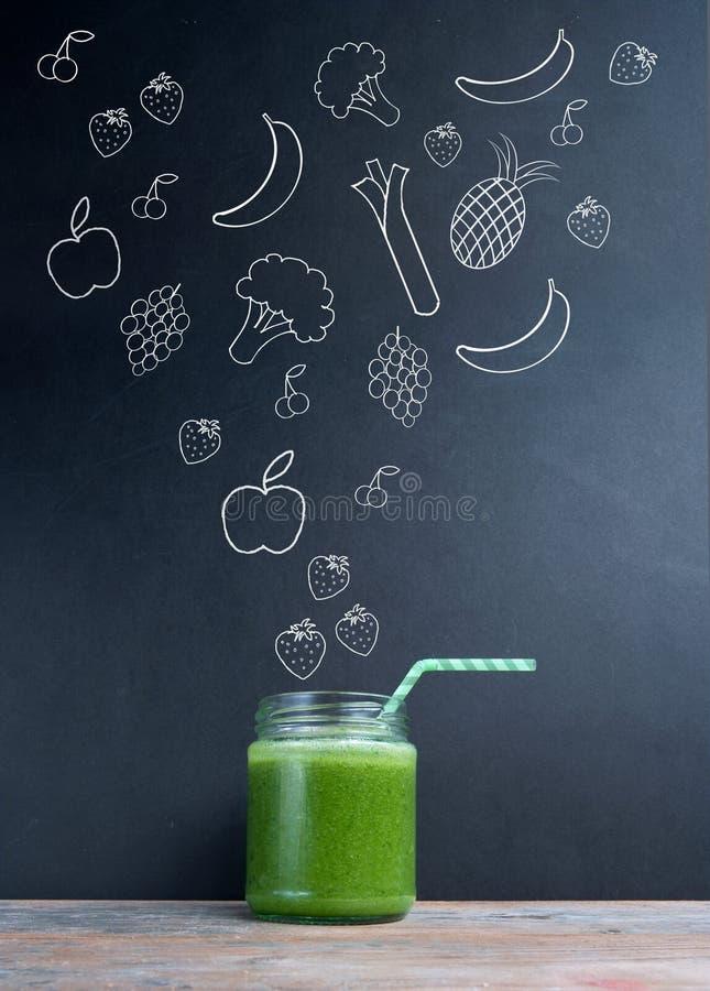 Πράσινη έννοια διατροφής καταφερτζήδων στοκ εικόνες