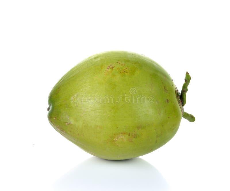 Πράσινη καρύδα που απομονώνεται στο άσπρο υπόβαθρο στοκ φωτογραφία με δικαίωμα ελεύθερης χρήσης