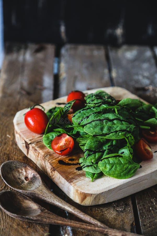 πράσινη σαλάτα στοκ φωτογραφίες