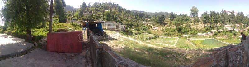Πράσινος τομέας και μικροί λαοί χωριών και χωριών στοκ εικόνες με δικαίωμα ελεύθερης χρήσης