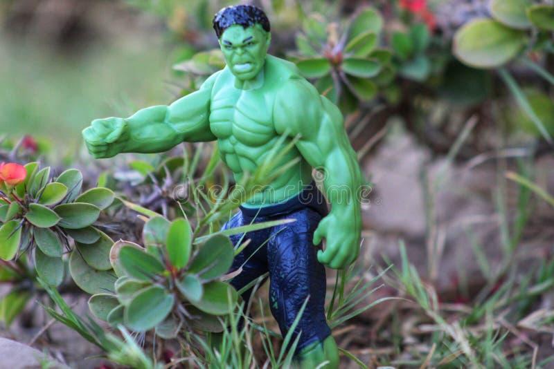 Πράσινο απίστευτο Hulk με το αλαζονικό πρόσωπο στοκ φωτογραφία με δικαίωμα ελεύθερης χρήσης
