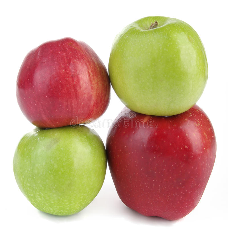 πράσινο απομονωμένο κόκκι&n στοκ φωτογραφία με δικαίωμα ελεύθερης χρήσης